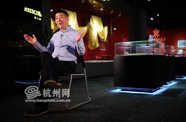 万事利集团总裁李建华接受杭州网采访