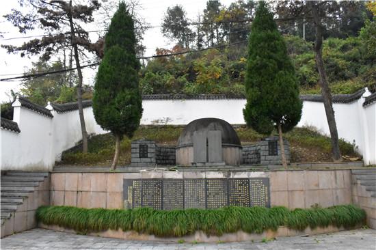 位于章村区常绿镇大富阳章村自然村大门山麓,现为杭州市市级文物保护500中央空调别墅装平图片